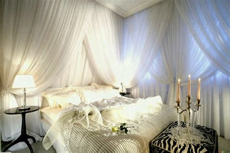 glamorous decorations glamorous bedrooms on a budget old hollywood glamour decor diy bedroom ideas masculine