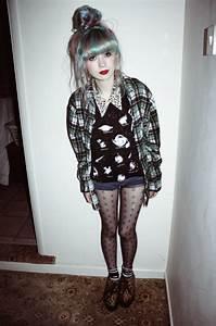 Grunge pastel hair Kayla Hadlington pastel grunge soft grunge what-a-beautiful-set-of-scars u2022