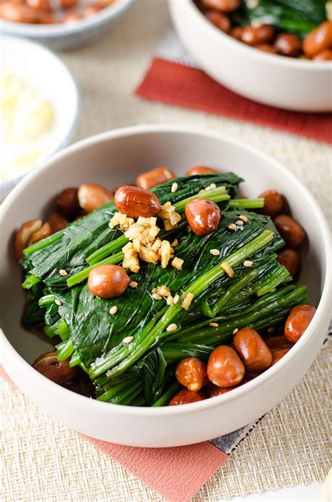 cuisine appetizer spinach and peanut salad 老醋菠菜花生 omnivore 39 s