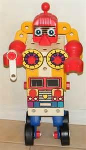 Chip Robot Toy