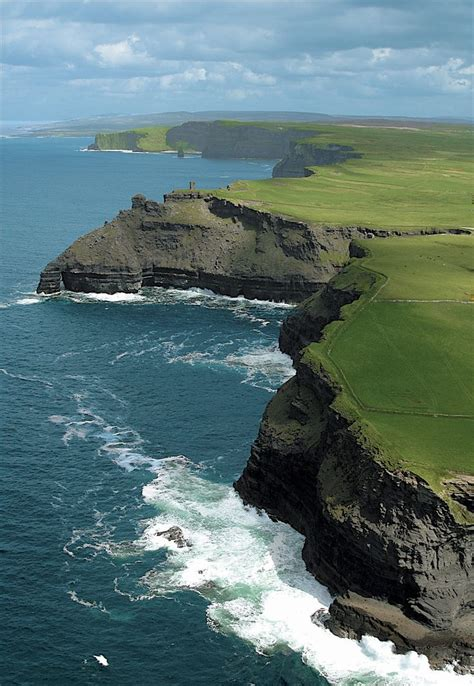 Cliffs Of Moher Ireland Places To Go Pinterest