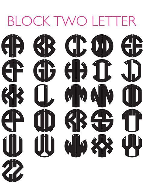 moon  lola acrylic block monogram necklace