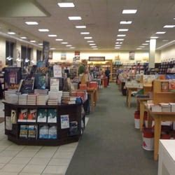 barnes and noble silverdale barnes noble 14 reviews book shops 3108 nw randall