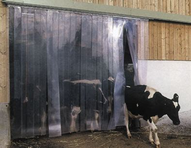 rideaux a lamelles souples agriculture rideaux 224 lamelles brise vent texway plastiques