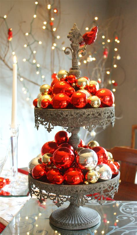 Red & Silver Christmas Table Setting • Craft Thyme
