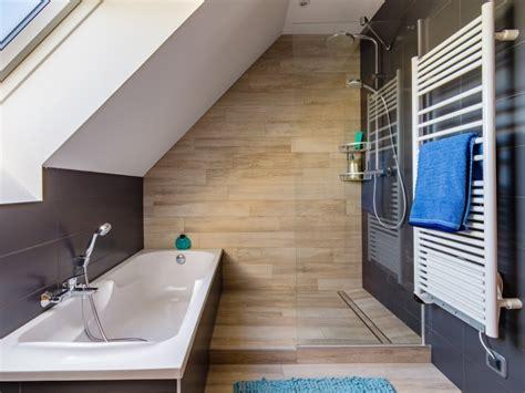 ventilation naturelle salle de bain une salle de bains sous les combles