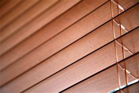 cut  horizontal blinds    wide home