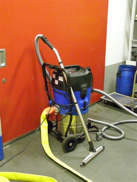 Nasssauger  Freiwillige Feuerwehr Lenzing