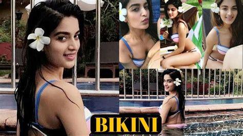 Actress Nidhi Agarwal Bold Bikini Picture Gets Viral