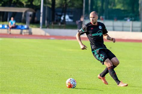 Oskars Kļava atgriežas Latvijas futbola izlases sastāvā ...