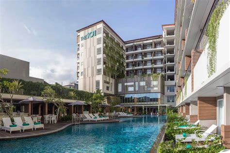 The 101 Hotel Yogyakarta Yogya  Gudegnet. Guilin Plaza Hotel. The Billi. Beaches Guest House. Panorama Hotel. Hotel Villa Bahia. Xiamen Coast Hotel. Vista Bahia Beach Resort. Madeira Regency Cliff Hotel