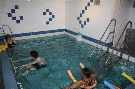 cabinet de kine avec piscine s c m croix de chavaux cabinet de kin 233 sith 233 rapie 224 montreuil