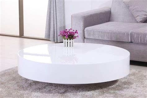 plafonnier design pour chambre table basse ronde laquée belius design