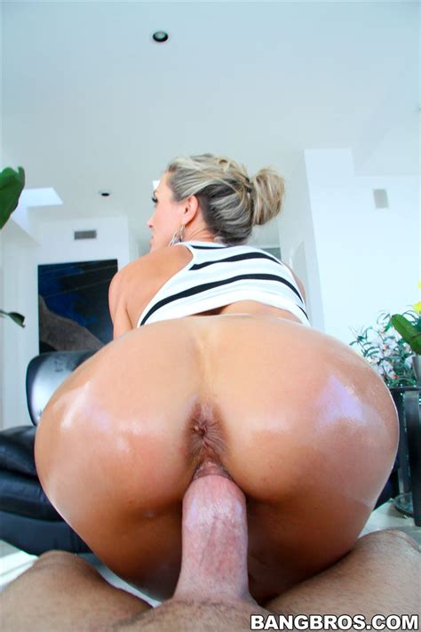 Brandi Love Hot Ass Milf Gets Drilled Hard Picture 12