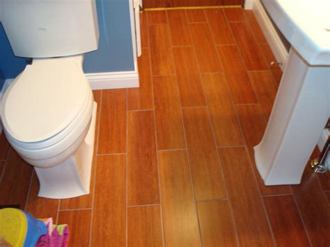 Floating Floor In Bathroom Cork Floor In Bathroom Eco Friendly And Durable Bathroom