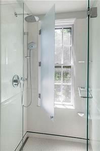 Fenetre Dans Douche : 10 erreurs d co viter absolument dans la salle de bain ~ Melissatoandfro.com Idées de Décoration