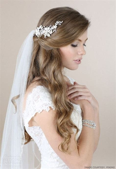 beautiful grecian hairstyles for women that looks very mesmerizing