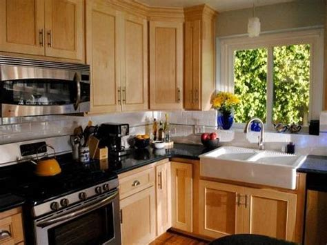 Complete Guides Of Average Cost To Reface Kitchen Cabinets Rustic Oak Dining Bench Bookshelf Seating Window Seat Ideas Build A With Storage Press Car Outdoor Table Mudroom Corner Yard Benches
