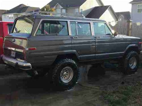 sell   lifted jeep grand wagoneer  virginia