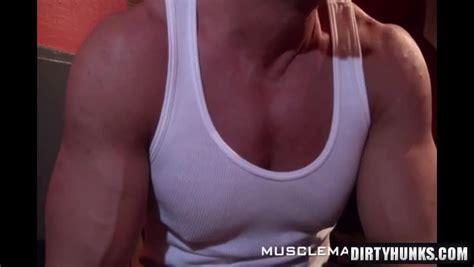 Muscle Man Fuck Twink