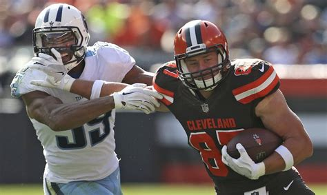 titans  browns odds predictions september