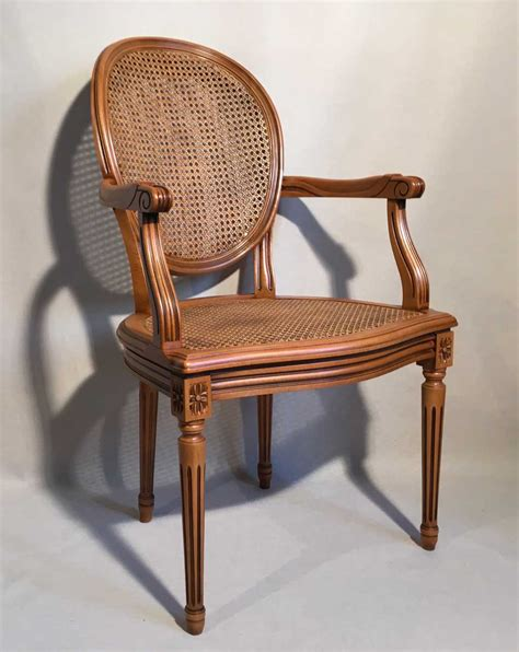 beaux sieges fauteuil louis xvi medaillon canne les beaux sièges de