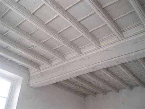 controsoffitti in legno prezzi soffitti a cassettoni controsoffitti