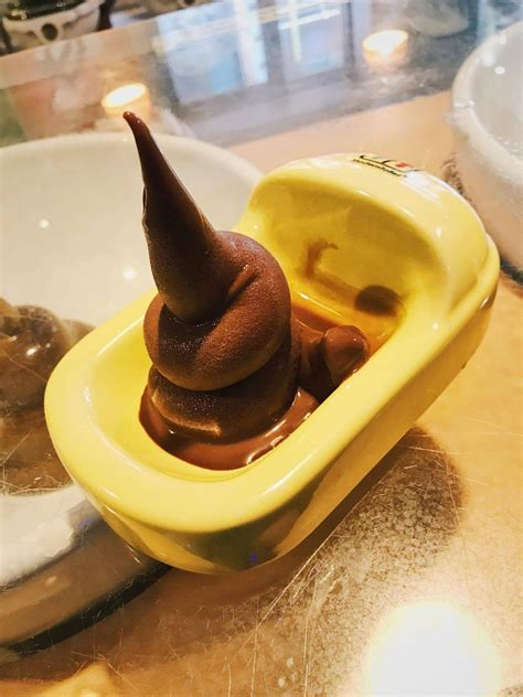 Eating Poo In The Modern Toilet Restaurant In Taipei