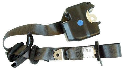 Hummer Front Right Seat Belt Retractor