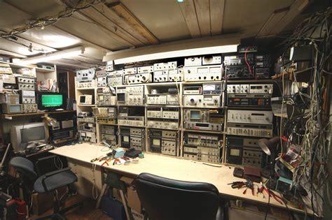 electronic lab   electronic workbench electronics
