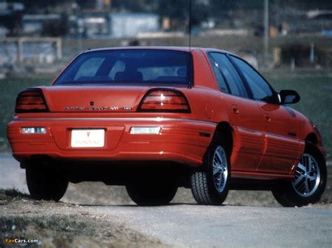 Photos of Pontiac Grand Am Sedan 1992–95 (1024x768)
