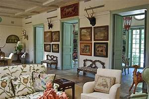 Things That Inspire: Interior shutters