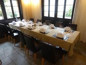 Tisch Für 10 Personen : gedeckter tisch f r 10 personen picture of mulania laax tripadvisor ~ Frokenaadalensverden.com Haus und Dekorationen