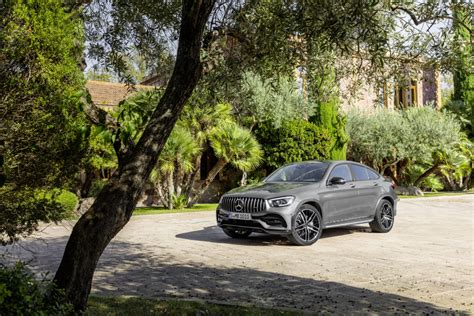 The glc 43 amg coupe made its debut in september, 2016 at the paris motor show, a few days after its global reveal. Mercedes AMG GLC 43 Coupe Launched In India; Price Starts At INR 76.70 Lakh - The Indian Wire