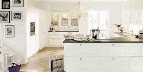 cuisine grise plan de travail blanc photos cuisine blanc et gris