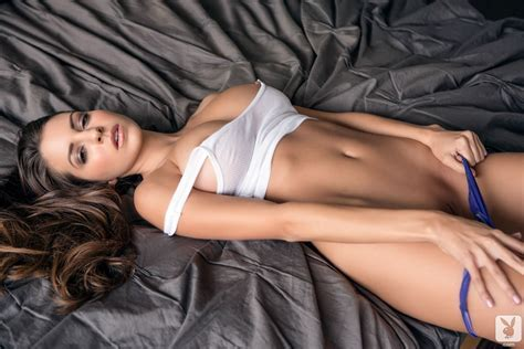Shelby Chesnes In Simple Pleasures Free Nude Playboy Pictures At Elitebabes