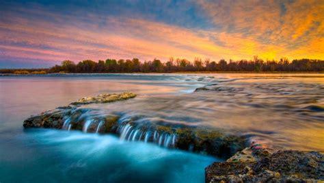 Quebec River Bing Wallpaper Download