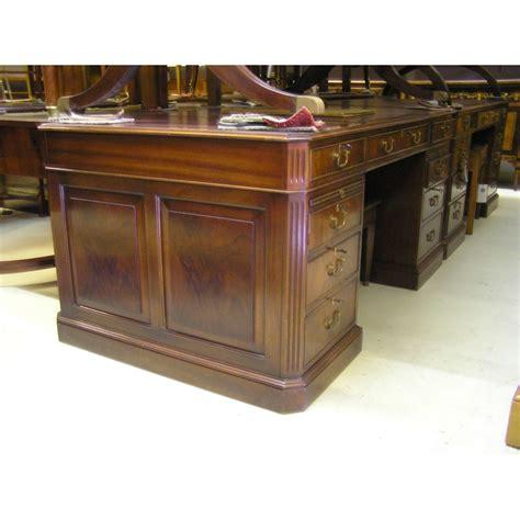 bureau anglais moinat sa antiquités et décoration à rolle et ève
