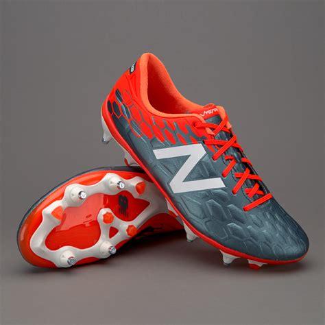New Balance Visaro II Mid Level SG - Mens Boots - Soft ...