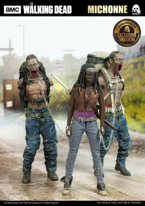 The Walking Dead  Michonne With Michonne's Pets Walker