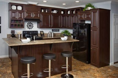pictures of kitchens with oak cabinets 53 best kitchens images on mobile home mobile 9124