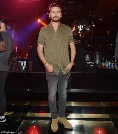Scott Disick hosts party in Las Vegas as Kourtney ...