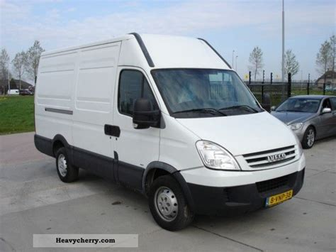 Iveco Daily 35s12 2008 Box-type Delivery Van Photo And Specs