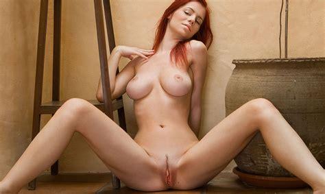 Erotique Fille Nue Avec Des Seins Sexy Télécharger Des