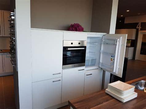 Eiland Keuken Showroommodel by Keukenstekoop Nl Het Grootste Keukenaanbod Nederland