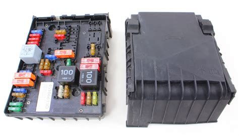 2006 Gti Fuse Box Location by Fuse Relay Block Vw Jetta Gti Mk5 2 0t Engine