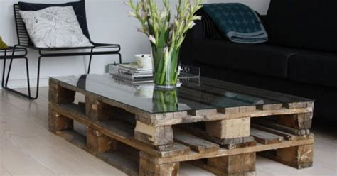 coffee table made out of pallet wood diy pallet coffee table hirerush blog