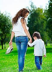 одна воспитываю ребенка могут уволить с работы по закону