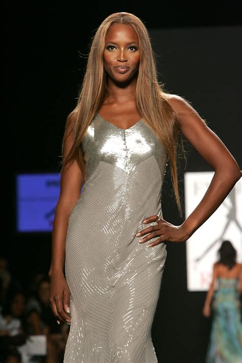 Naomi Campbell Photos Photos Fashion For Relief Runway Zimbio