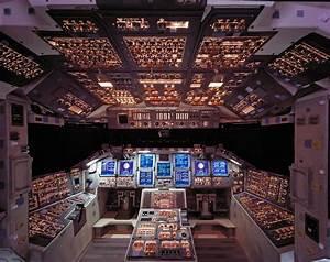 Latest Space Shuttle Cockpit - Pics about space